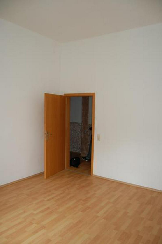 Bild 4: Freundliche 3-Zimmer-Wohnung sucht Nachmieter - Kaminofen - TGL-Bad