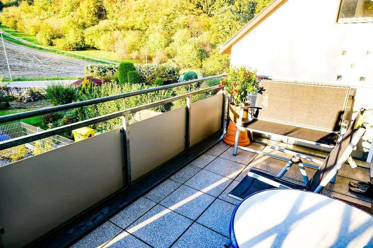 Bild 6: Ob als Kapitalanlage oder für Selbstnutzer: Helle Eigentumswohnung mit Sonnenbalkon und F...