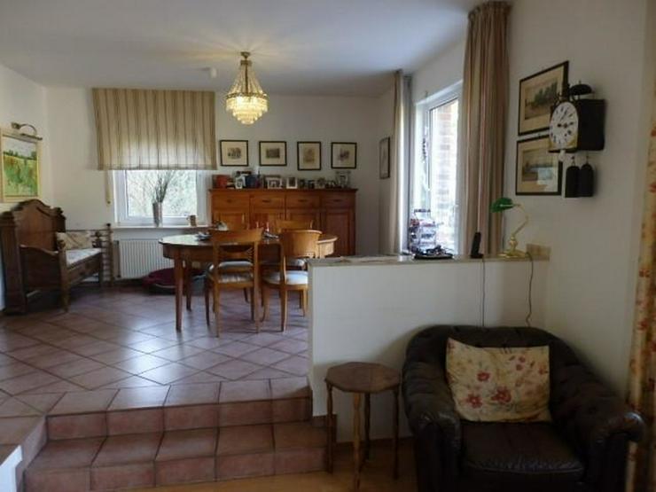 Bild 6: OT-Bad Breisig - exclusives Einfamilienhaus mit Einliegerwohnung und Fernsicht - von Schla...