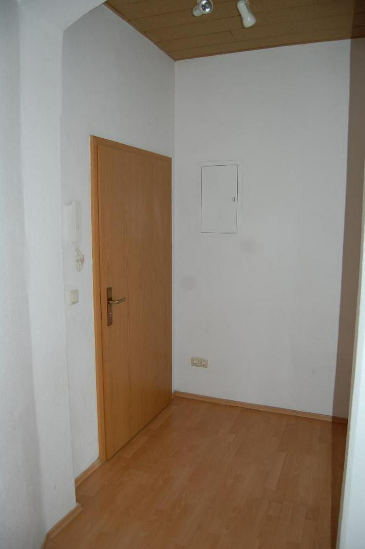 Bild 3: Angenehmes Leben in Auerbach - 2-Zimmer-Wohnung mit Erker und EBK