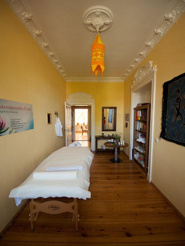 Bild 4: Massage für Ihr Wohlbefinden