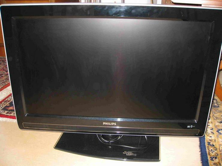 TV-Flachbildschirm 32 Zoll Phillips 32PFL7962 - Bild 1