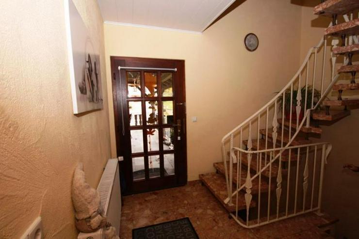 Bild 3: TOP ANGEBOT: Modernisiertes Familienhaus - hell & Freundlich