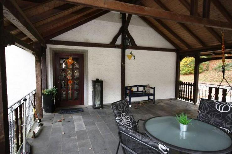 Bild 2: TOP ANGEBOT: Modernisiertes Familienhaus - hell & Freundlich