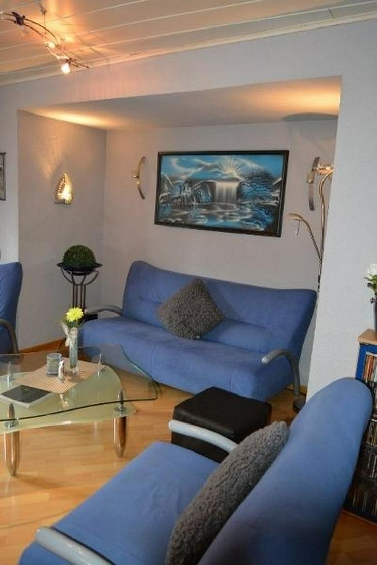 Bild 5: Sehr gepflegtes Einfamilienhaus - 3 Zimmer (ca. 85 qm) mit überdachten Terrasse, Garage u...