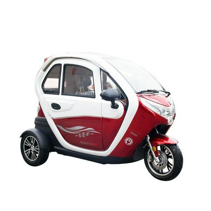 Bild 2: Elektromobil Scooter mit Kabine