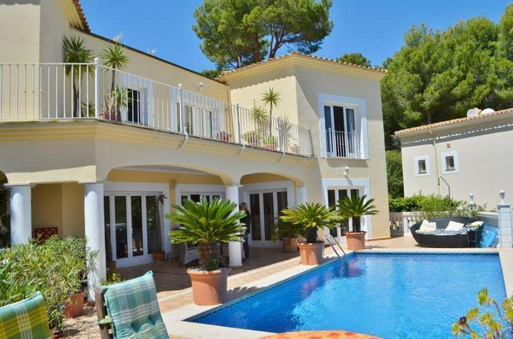 Großzügige Pool-Villa in Paguera - Haus kaufen - Bild 1