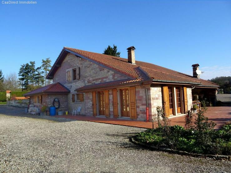 Landhaus mit Charme und Chic - Auslandsimmobilien - Bild 1