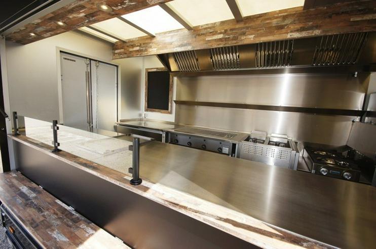 Bild 8: Step Van Food Truck - Road Diner