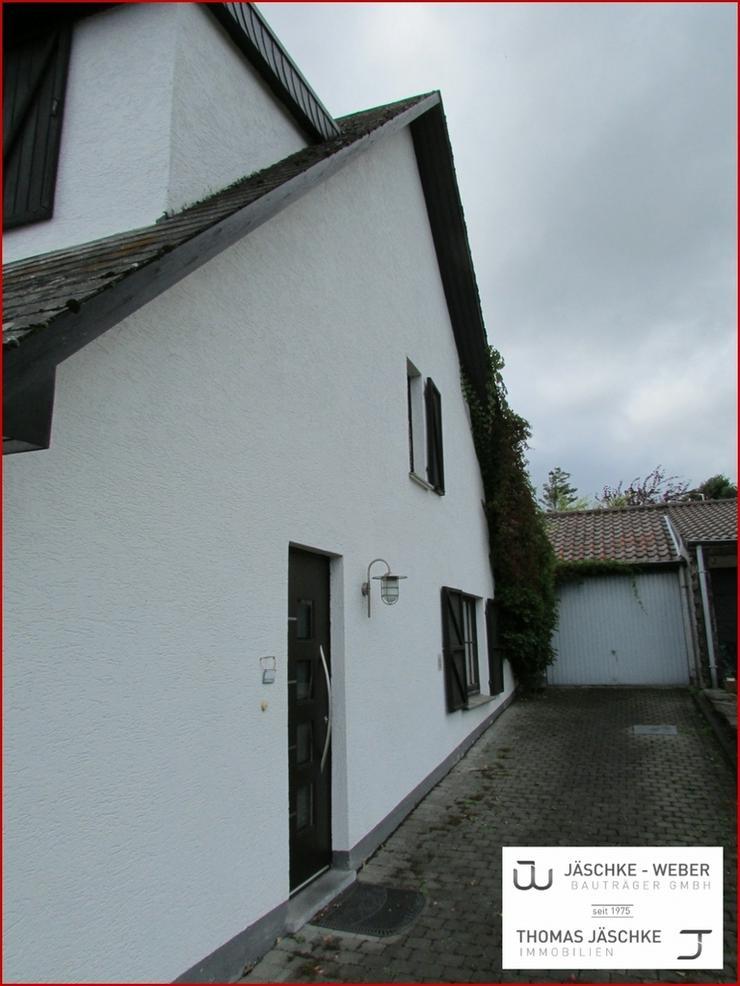JÄSCHKE gemütliche Doppelhaushälfte mit Garage und
