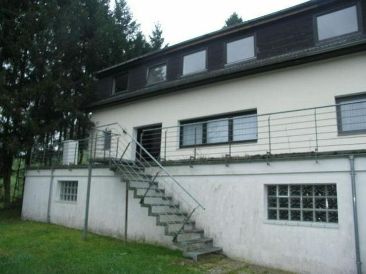 Bild 2: BUCHET bei BLEIALF 2 FH Natur nahe Lage 4 und 3 Zimmer Terrasse Garage Gartenhaus EG vermi...