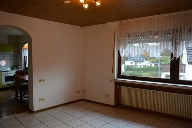 Bild 5: Gepflegtes Einfamilienhaus 4,5 Zimmer (ca. 92 qm) mit Ankleide, Garage und Garten