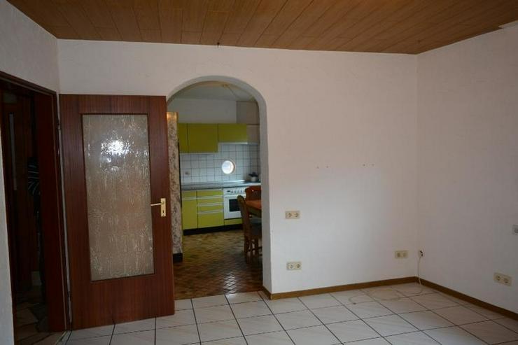 Bild 6: Gepflegtes Einfamilienhaus 4,5 Zimmer (ca. 92 qm) mit Ankleide, Garage und Garten