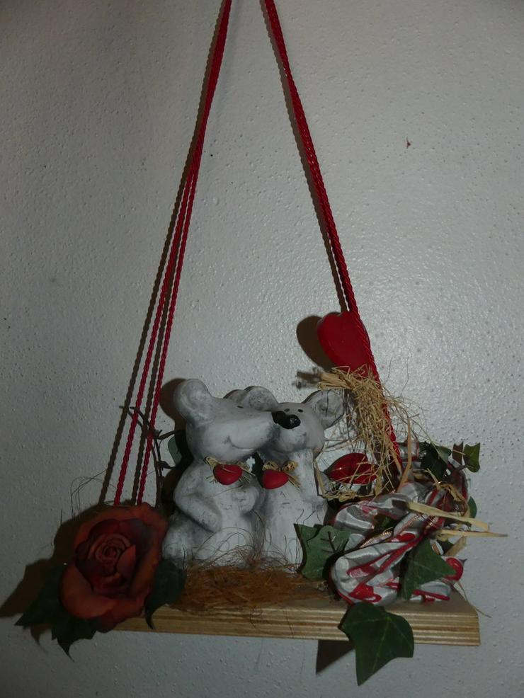 Bild 2: Deko mit Mäusen und Herzen