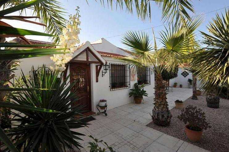 Bild 7: Villa mit Privat-Pool