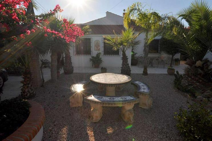 Bild 5: Villa mit Privat-Pool