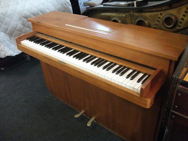 Bild 3: Klavier Manthey