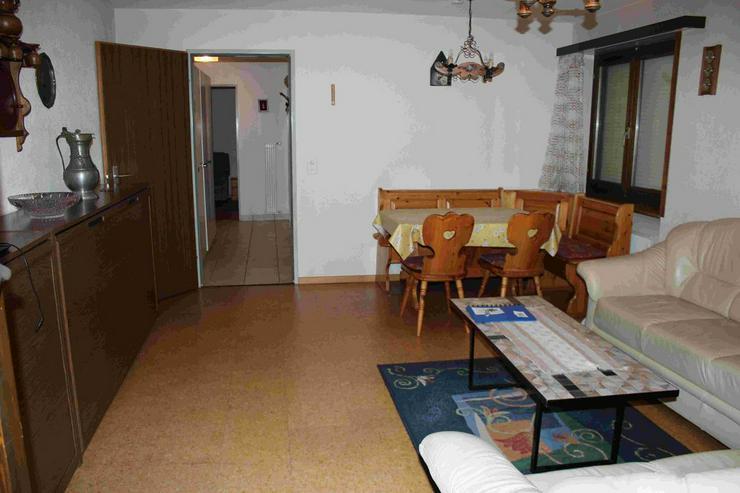 Bild 2: VALERE Grosse 2.5 Zimmerwohnung mit Balkon