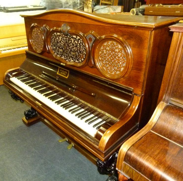 Bild 2: Klavier H. Blaun - Altona