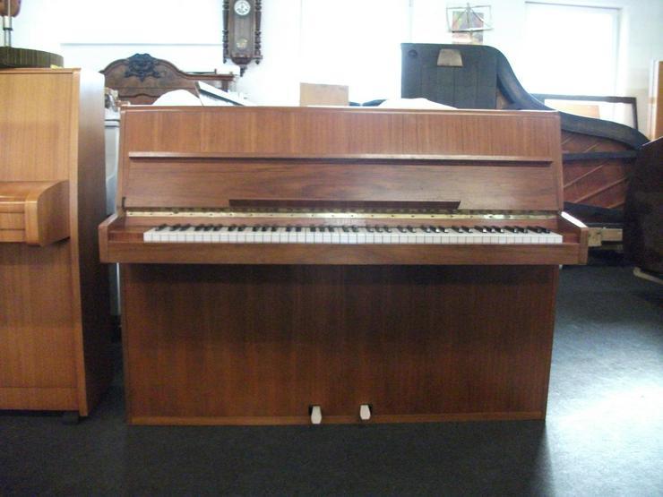 Bild 2: Klavier Rippen