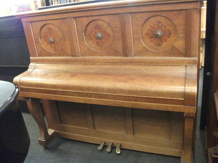Bild 6: Klavier Helma