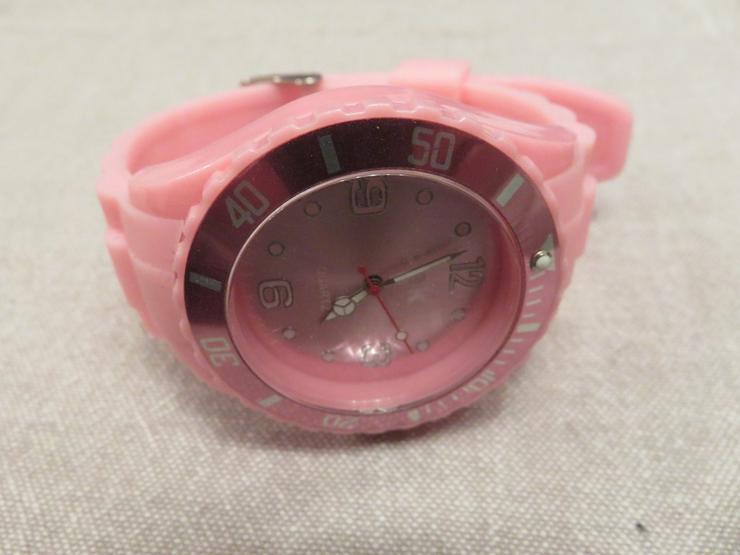 Bild 2: 2 PEK Uhren