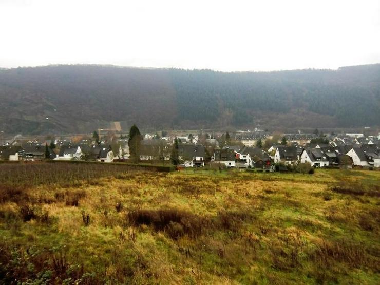 490 qm Grundstück mit traumhaftem Moselblick - Vier Grundstücke verfügbar. Im Paket ode... - Grundstück kaufen - Bild 1