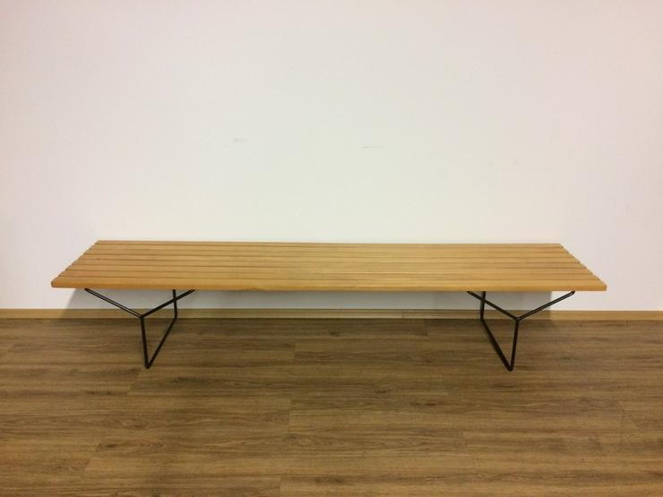 Bild 4: Ankauf von Knoll International Möbelklassikern