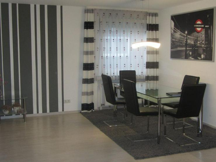 Bild 3: Schick renovierte Wohnung mit Dachterrasse in zentraler Lage von Bochum