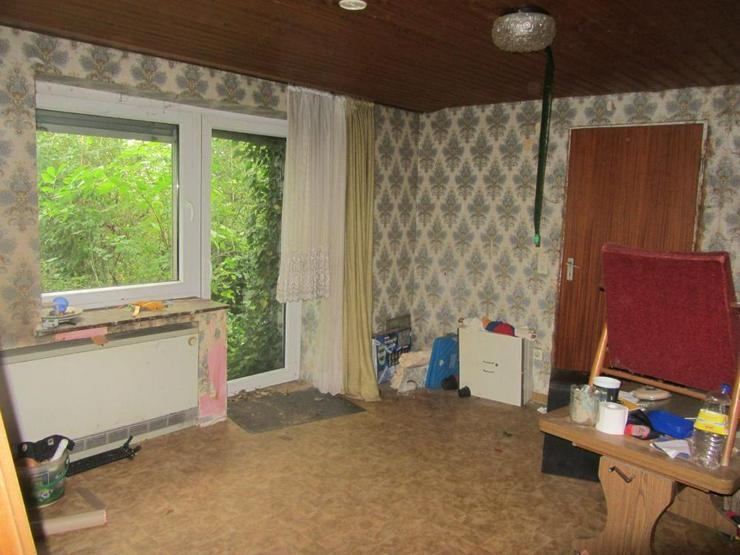 Bild 2: Handwerker gesucht - Für Doppelhaushälfte in guter Lage von Höxter-Lüchtringen