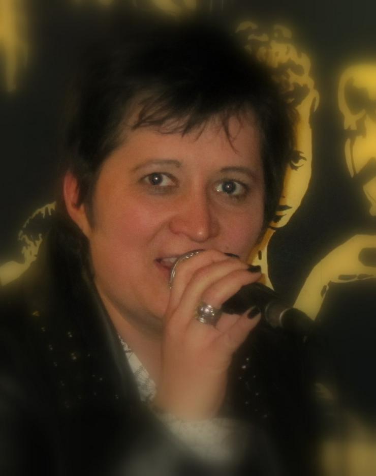 Gesangsunterricht von ausgebildeter Sängerin