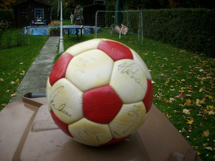 Bild 3: Fußball