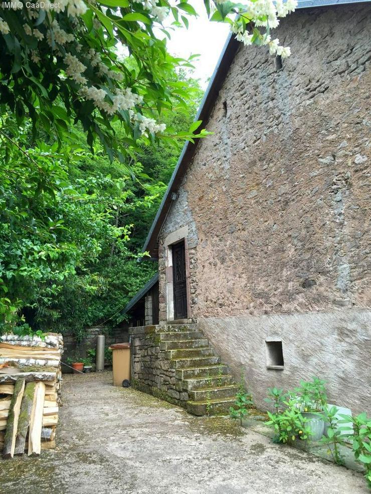 Bild 3: Farm mit 1 Hektar Umschwung - 120 km von Basel
