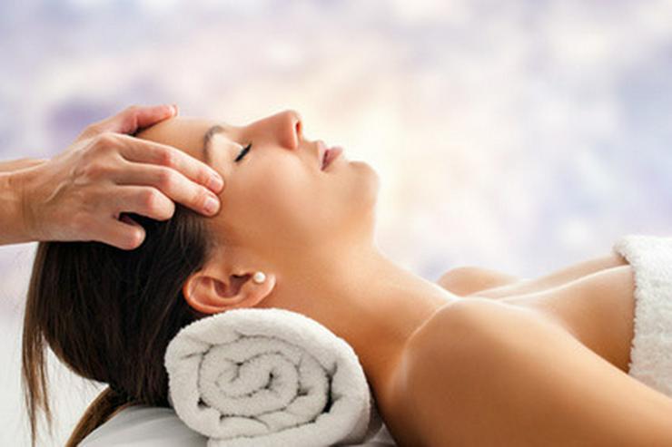 Bild 2: Massage- Party