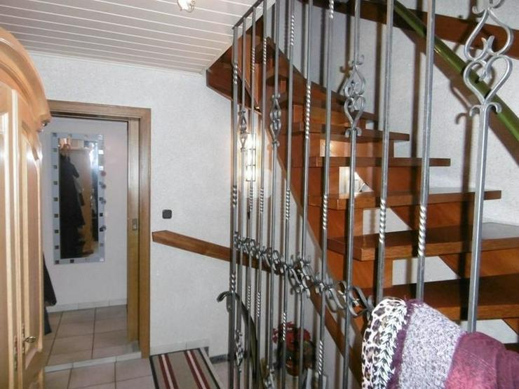 Bild 4: Zweifamilienhaus in idyllischer Lage in Wernfeld - von Schlapp Immobilien