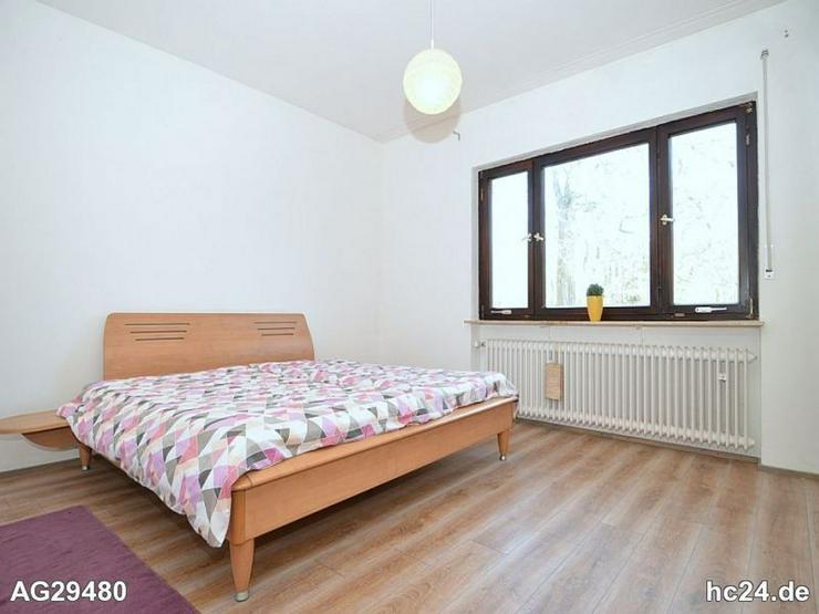 Bild 2: Möblierter Bungalow mit Terrasse, 2 Schlafzimmern und Stellplatz in Lauf-a.-d.-Pegnitz