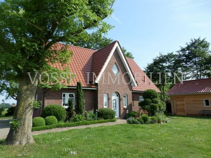 Bild 2: Neuwertiges Dreigiebelhaus in ländlicher Alleinlage nahe Fischerdorf Ditzum