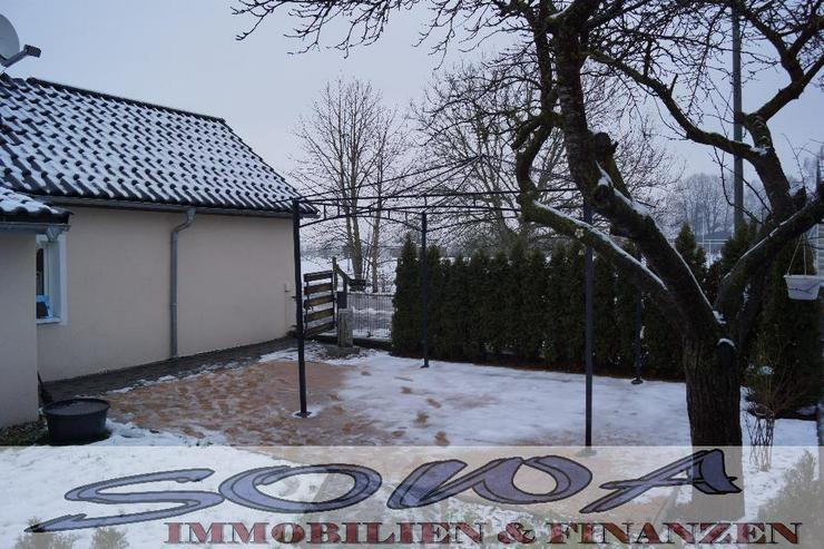 Bild 6: Bezahlbares Wohnen! Komplett saniertes kleines Einfamilienhaus in schöner Randlage. Brunn...
