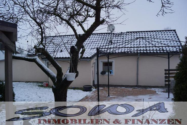 Bild 4: Bezahlbares Wohnen! Komplett saniertes kleines Einfamilienhaus in schöner Randlage. Brunn...
