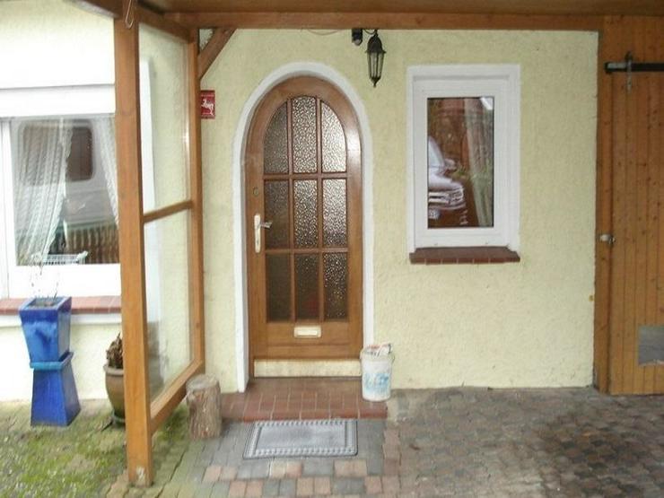 Bild 2: knusper knusper knäuschen, ein Häuschen mit Wintergarten und Carport in ruhiger Wohngege...