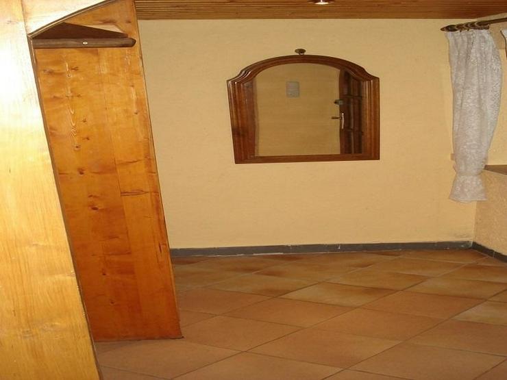 Bild 3: knusper knusper knäuschen, ein Häuschen mit Wintergarten und Carport in ruhiger Wohngege...