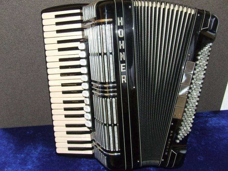 Hohner Akkordeon Morino V N mit Koffer