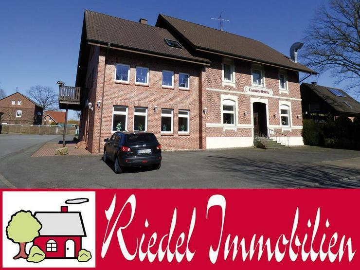 Achtung Bauträger! - Zweifamilienhaus mit Baugrundstück!