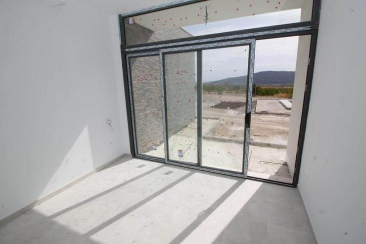 Bild 7: Moderne Villa als B & B auf Bestellung gebaut