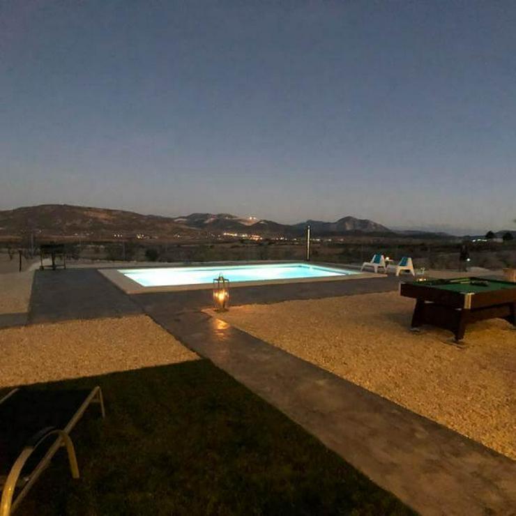 Bild 4: Moderne Villa als B & B auf Bestellung gebaut