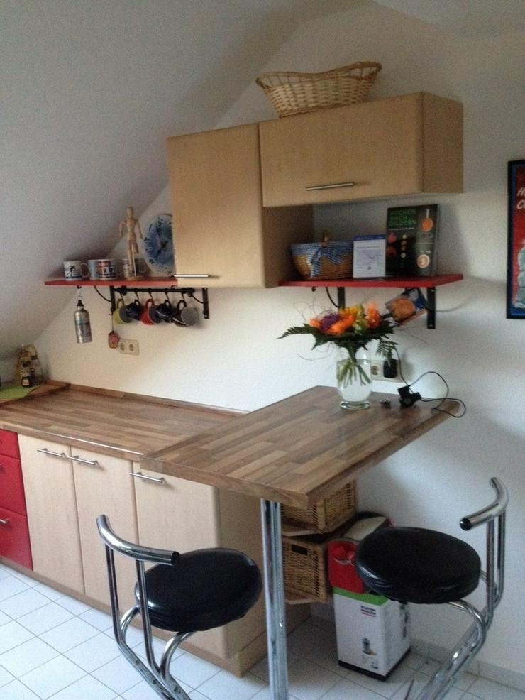 Hilfe aller Art beim Aufbau von Möbel