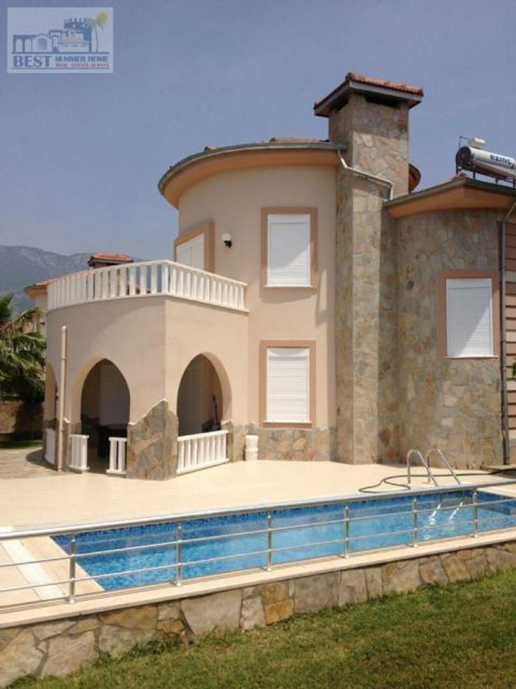 Bild 4: REDUZIERT ! VILLA HELLE mit privatem Pool und wunderschöner Aussicht auf das Mittelmeer