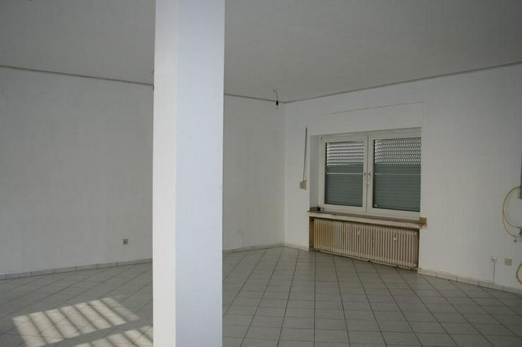 Bild 3: Wesel-Stadtrand: Gewerbeimmobilie als Büro, Laden oder Restaurant - von Schlapp Immobilie...
