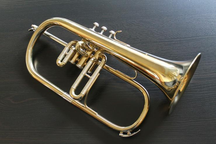 Kühnl & Hoyer B - Flügelhorn inklusive Koffer - Blasinstrumente - Bild 1