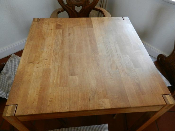 Bild 3: Tisch in Vollholz (natur) Farbe hellbraun